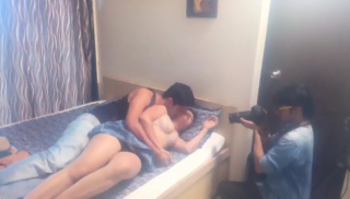Hot Masti In A Roamnce Movie Shooting (Behind The Scene)