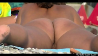 Naked Beach Ladies Spycam Hd