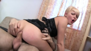 Nice Blonde Takes Big Things In Ass