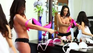 Lesbians Veronica Rodriguez And Ariella Ferrera